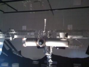 Estação espacial internacional. Modelo à escala 1:10